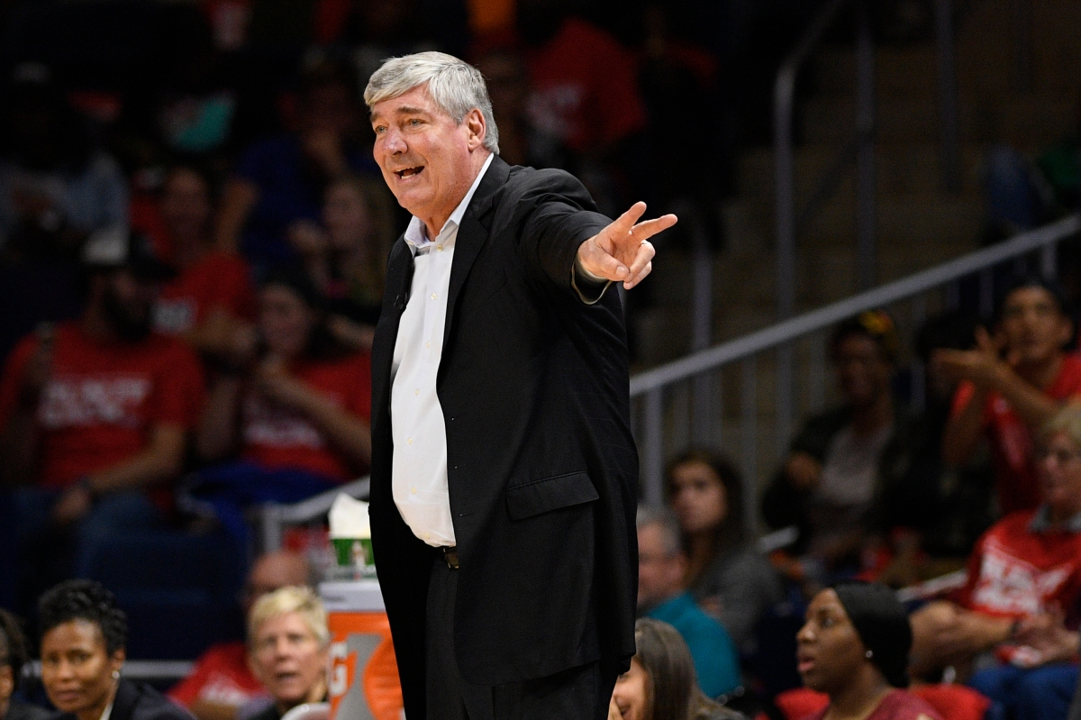 Bill Laimbeer coaching the Aces.